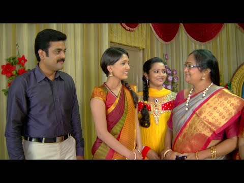 182 - Deivamagal Episode 182, Tamil Serial, SUN TV Produced by - Vikatan Televistas Pvt. Ltd., Chennai, INDIA. Wedding reception of Prakash and Dharani 00:06 Sures...
