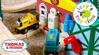 Thomas and Friends   Thomas Train TIME TRIAL CHALLENGE! With Brio! Fun Videos for Children