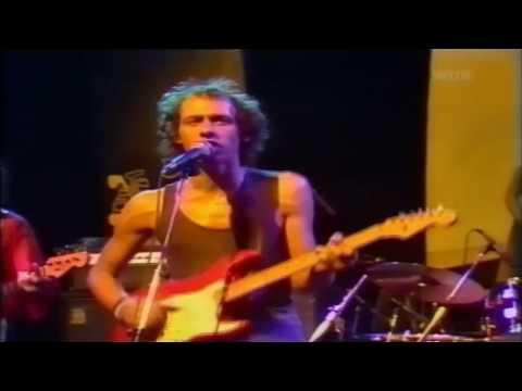 Tekst piosenki Dire Straits - What's the matter baby po polsku