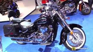 7. 2016 Suzuki Boulevard C50T - Walkaround - 2016 Toronto Motorcycle Show