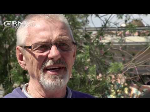 Former Homeless Drug Addict Returns to the Streets – cbn.com