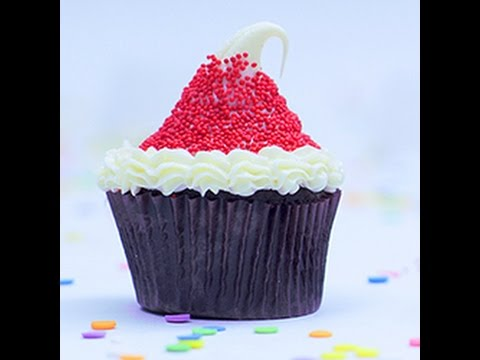 cupcake a cappello di babbo natale - la videoricetta