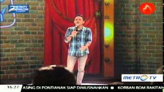Video Muhadkly Acho, Orang yang Jatuh Cinta Itu Jadi Bodoh MP3, 3GP, MP4, WEBM, AVI, FLV Oktober 2017