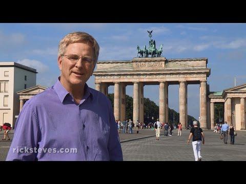 Brandenburg Gate & Museum Island – Berlin