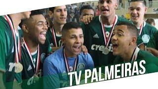 O TV Palmeiras vai ao ar domingo (16), às 9h50, com exclusividade no Canal Premiere.---------------------Assine o Premiere e assista a todos os jogos do Palmeiras AO VIVO, em qualquer lugar, na TV ou no Premiere Play: http://bit.ly/1myhErs E se você já assina, participe da pesquisa e diga que seu time é o Palmeiras: http://bit.ly/2ad5HJo------------------------Seja Sócio Avanti, com desconto em ingressos e privilégios exclusivos! Clique aqui: http://bit.ly/1uKJsbA
