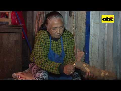 Doña Concepción: Vivir gracias a la venta de mandioca