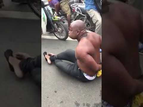 An Igbo Man Runs Mad In Lome Beach.. Imagine The Cause Of His Madness