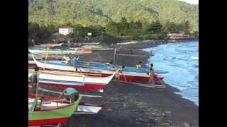 Santo Domingo (Albay) Philippines  city images : Bicol Fishermen launching boats in Santo Domingo, Albay, Legazpi, Philippines.