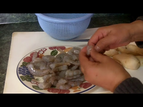 Caribbean Recipe: How to Make a Shrimp and Edoe Curry the Guyanese Way