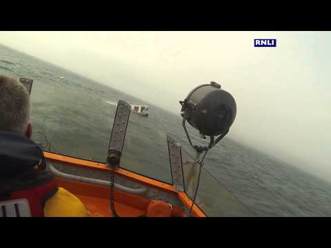 VIDEO: Warning issued over hot tub adrift in English Channel