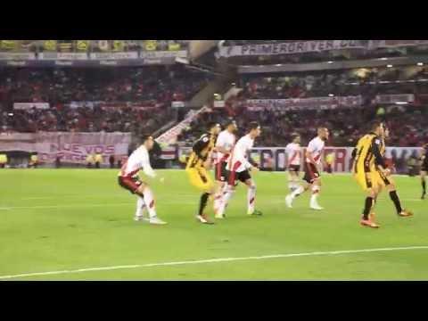 El gol de Mercado a Guaraní desde el campo de juego