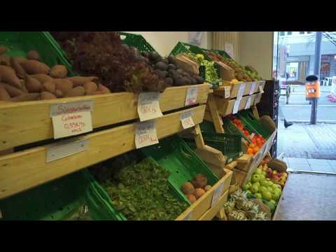 Lebensmittelverschwendung: Supermarkt verkauft abgelaufene Lebensmittel