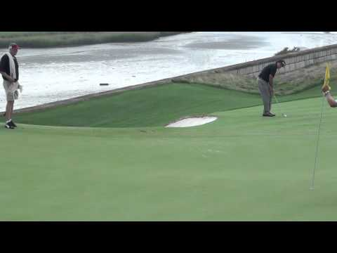 Phil Mickelson's nice chip shot at the 2013 Barclays Tournament