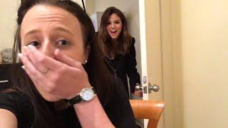 Video Selena Gomez Surprises Aussie Fan In Her BEDROOM! MP3, 3GP, MP4, WEBM, AVI, FLV Juni 2018
