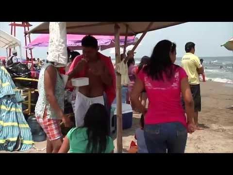 Turistas disfrutan de las playas de Coatzacoalcos