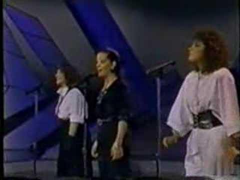 Tekst piosenki Pandora (Mx) - Cinco Minutos De Amor po polsku