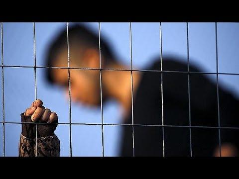 Με την ευχή να επαναπατριστούν πέρασαν οι Σύροι πρόσφυγες την Πρωτοχρονιά