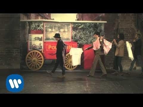 Tekst piosenki BB Brunes - Cul Et Chemise po polsku
