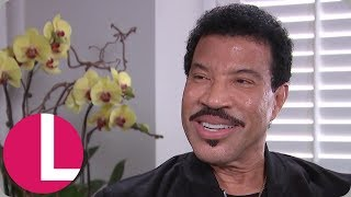 Video Lionel Richie Tells His Kids Not to Film Him at the Table! (Extended Interview) | Lorraine MP3, 3GP, MP4, WEBM, AVI, FLV Agustus 2018