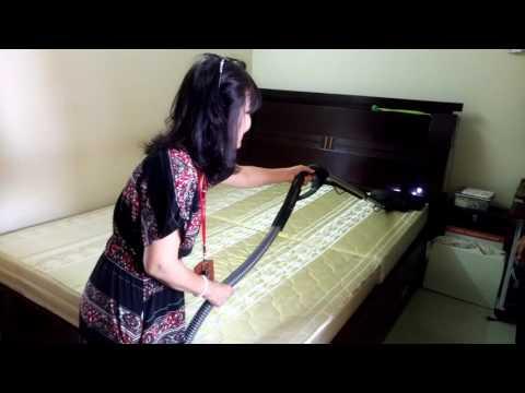 Xử lý mạt bụi trên nệm bằng máy HYLA GST