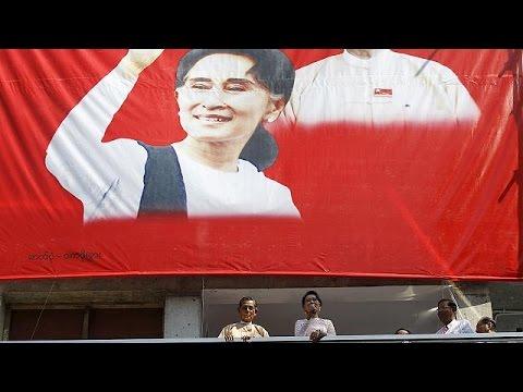 Αούνγκ Σαν Σου Κι: Μια ζωή αφιερωμένη στον εκδημοκρατισμό της Μιανμάρ