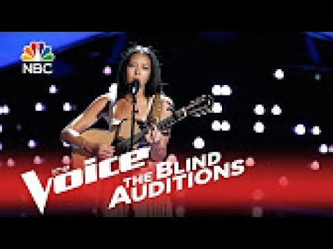"The Voice 2015 Blind Audition - Amy Vachel: ""Dream A Little Dream Of Me"""