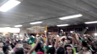 Show da torcida Palmeirense no aeroporto de Vitória da Conquista - BA.