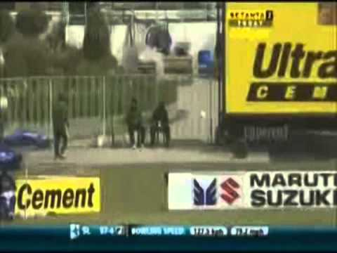 6 fours in an over Sanath Jayasuriya vs James Anderson, 2007