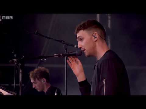 Clean Bandit | Disconnect - Mozart's House - Dust Clears live at Glastonbury 2015 (HD 1080p)