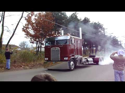 Cabover Burnout at Pride and Glory