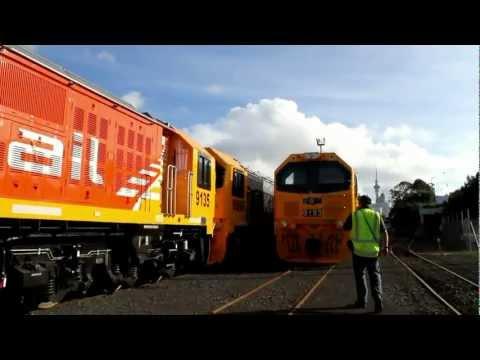 NEW DL Class Locomotive Cab Tour @ Auckland's Port Yard DC 4029