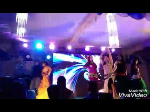 Video Basnti chuma de dholki mix by Dj Vidhi download in MP3, 3GP, MP4, WEBM, AVI, FLV January 2017