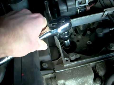 Spark Plug Change for a Volvo S40 / V40