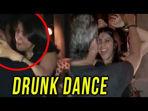 Ekta Kapoor CRAZY DRUNK Dance At Anita Hassanandan