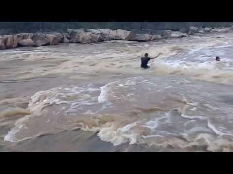 Rio copiti Familia toma banho em cachoeira 14-04-17