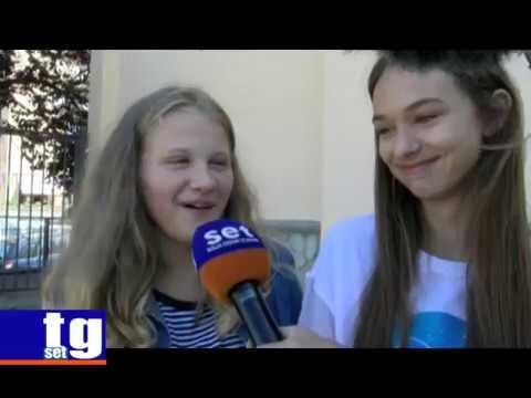 Vallo della Lucania - primo giorno di scuola, interviste di SET TV agli studenti