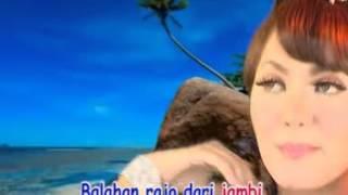 Ria Amelia Tanti Batanti