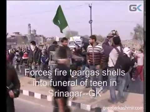 Forces fire teargas shells into funeral of teen in Srinagar
