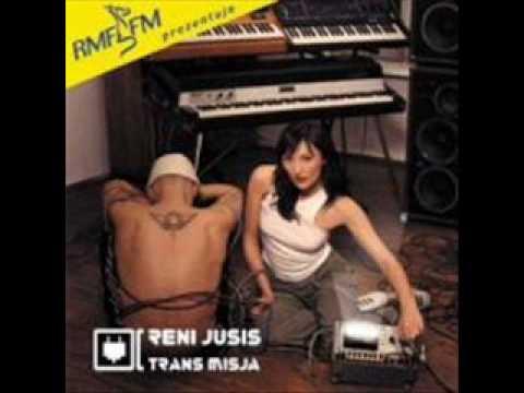 Tekst piosenki Reni Jusis - Wynurzam się po polsku
