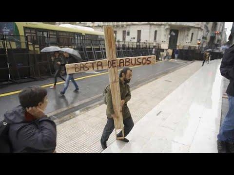 Vatikan: Meldepflicht für Missbrauch von Papst Franzi ...
