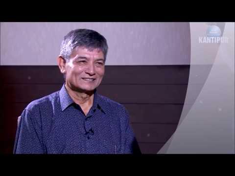 Video Very emotional interview with Madan Krishna stha अन्जान मान्छेले जय बद्रीनाथ भनेपछि download in MP3, 3GP, MP4, WEBM, AVI, FLV January 2017