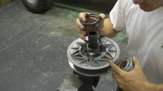 6. secondary clutch disassembly clock