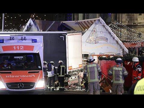 Berlin: LKW rast in Berliner Weihnachtsmarkt - neun ...