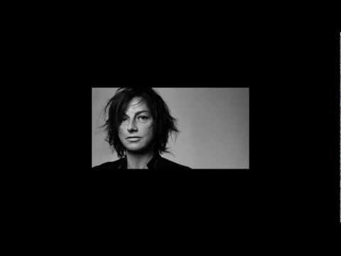 , title : 'Gianna Nannini: Romantica Guerriera'