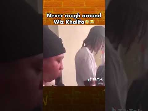 Never COUGH INFRONT OF Wiz Khalifa🗣🤯