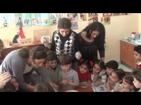 نشاط تحضير صناعة الحلوى لأطفال روضة المركز