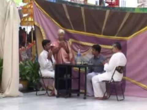 Brahmaarpanam (Prayer before partaking food).wmv