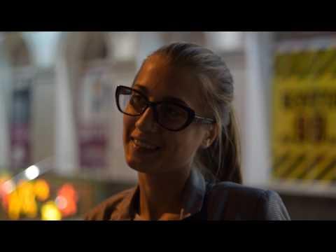 Пошлые вопросы девушкам, Парикмахерша. (видео)