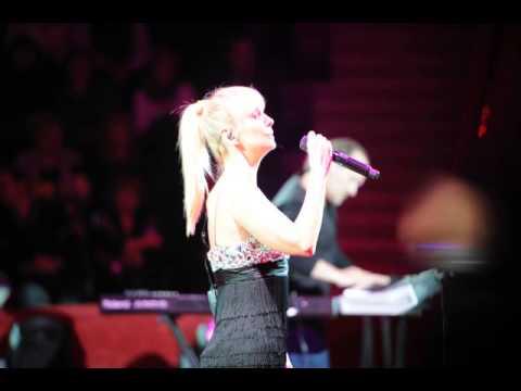 Фото: Концерт Валерии в Гомеле_03
