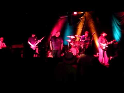 The Jason Dixon Line @ Famous Daves 5-18-2013 - - - Whipping Post